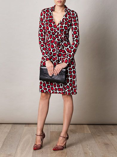 879ad2d47 Pin by Jan S on DVF Jeanne Wrap Dress in 2019 | Dresses, Fashion ...