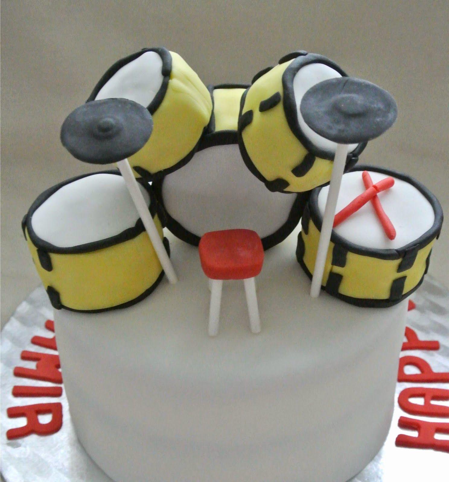 Torte mit Schlagzeug Erdbeertorte Cake with drums Schlagzeug Torte Torte für Musik