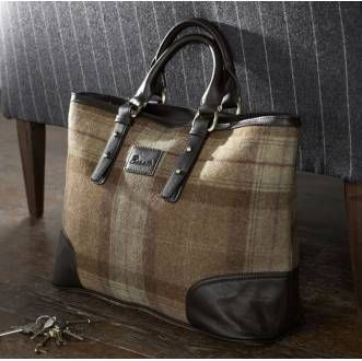 bronte tweeds emily tote love this bag my style pinterest tweed bag and tartan. Black Bedroom Furniture Sets. Home Design Ideas