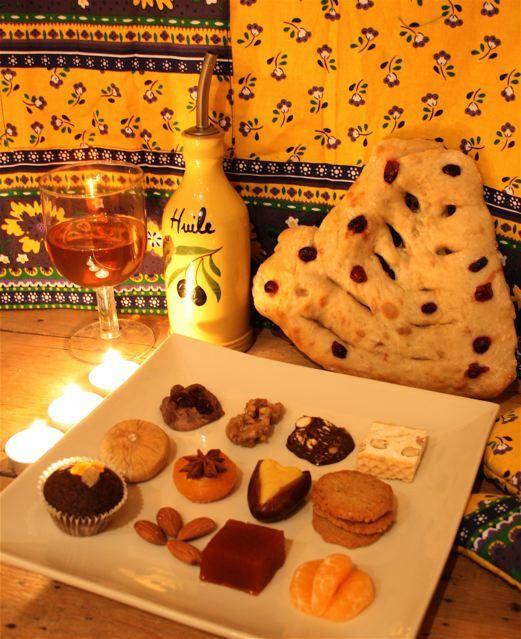 13 Desserts Noel 13 desserts of Provence at Christmas: treize desserts de Provence