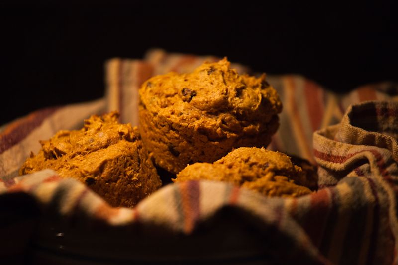 Pumpkin Chocolate Chip Muffins - Easiest Ever - 1 can ...