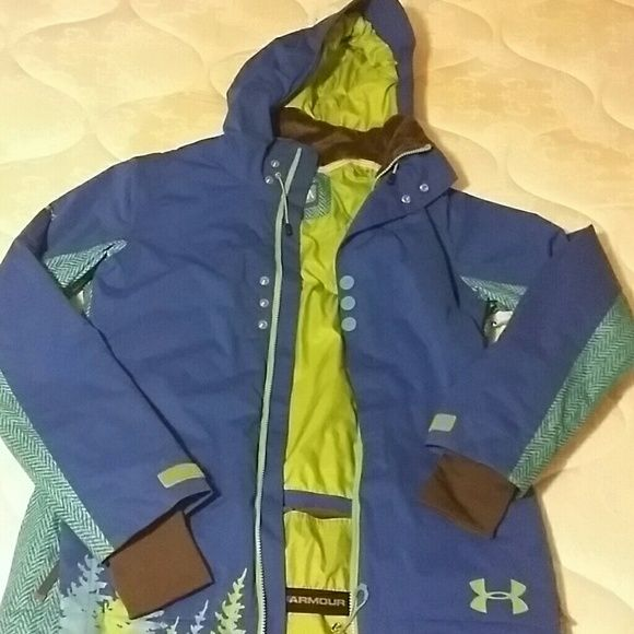 Under Armour Insulated Hooded Training Jacket & Reviews