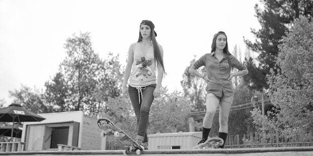 Reportaje-Mujeres-al-Skate-de-Revista-PAULA-1