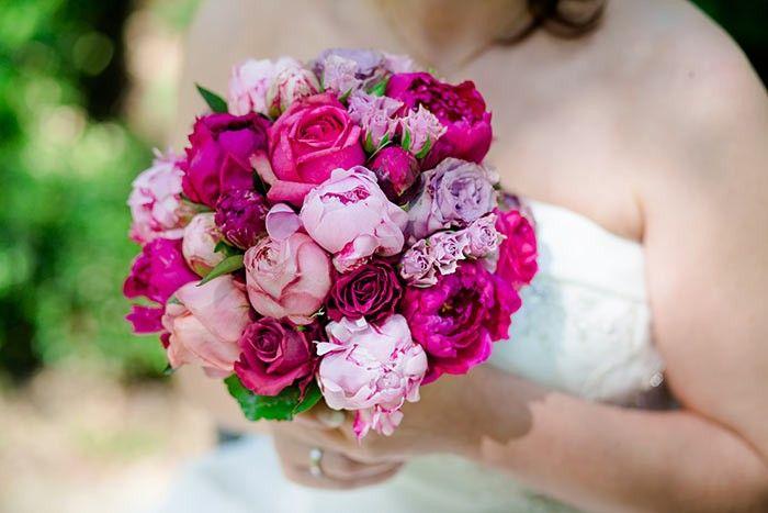 Pfingstrosen brautstrau in tollem pink rosa pfingstrose brautstr u e und hochzeit - Pfingstrosen dekoration ...