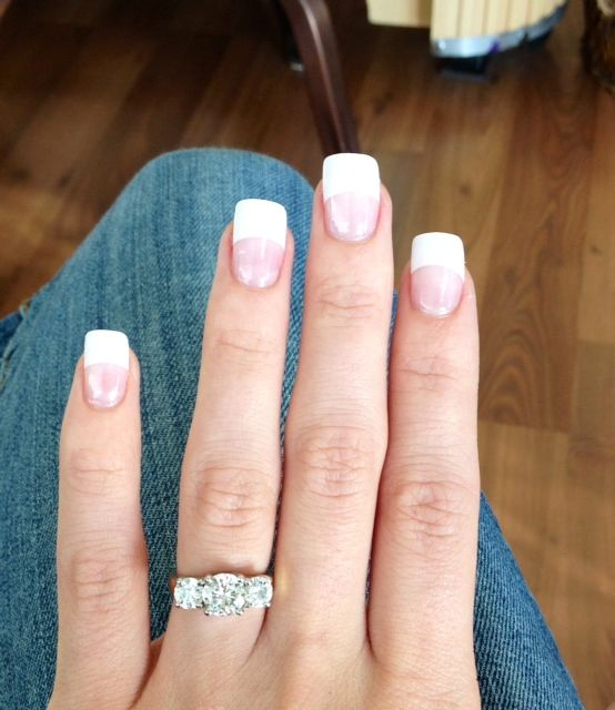 Via Show Me Your 3 Stone Rings With Carats Of Stones Weddingbee Boards Detail Classic Engagement Ring Solitaire Three Stone Engagement Rings 3 Stone Rings