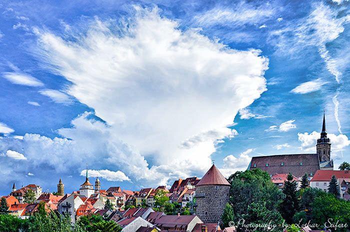 Bautzen Oberlausitz. Die Bautzener Altstadt vom Schützenplatz aus gesehen. Fotografie von Lothar Seifert