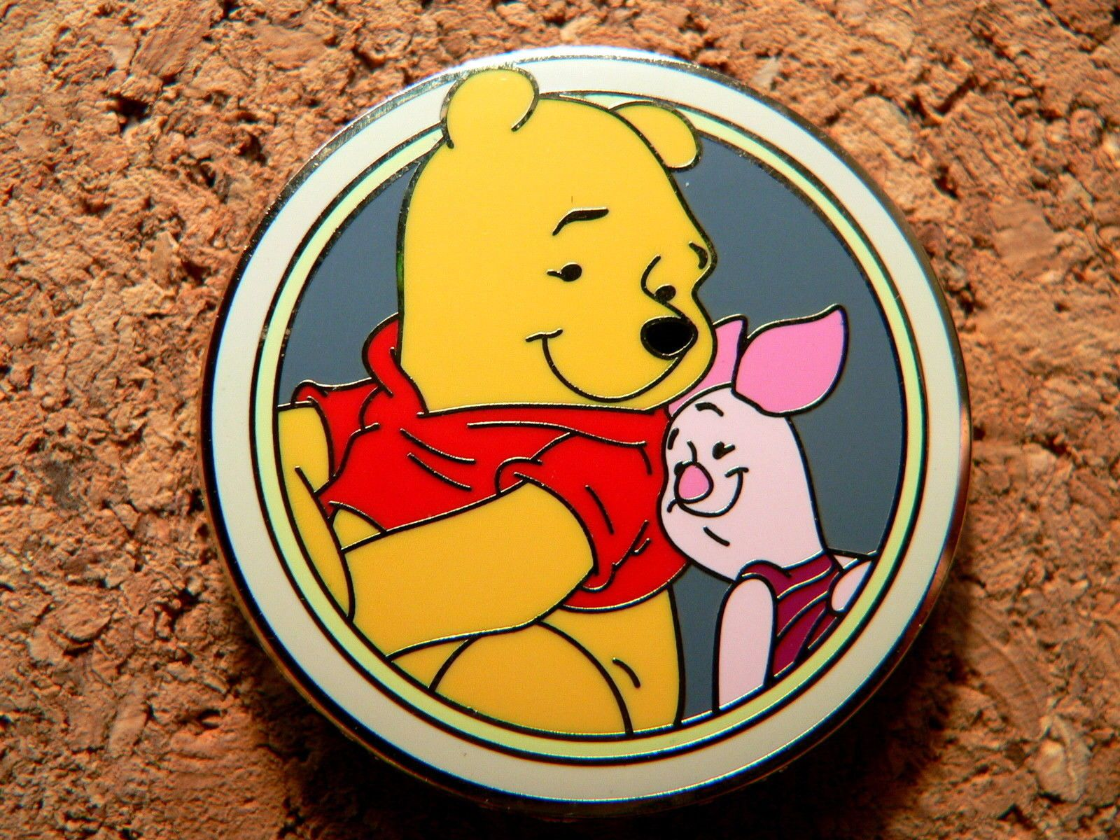 NWT Walt Disney 2 PC Winter Winnie Pooh /& Friends 3 MOS