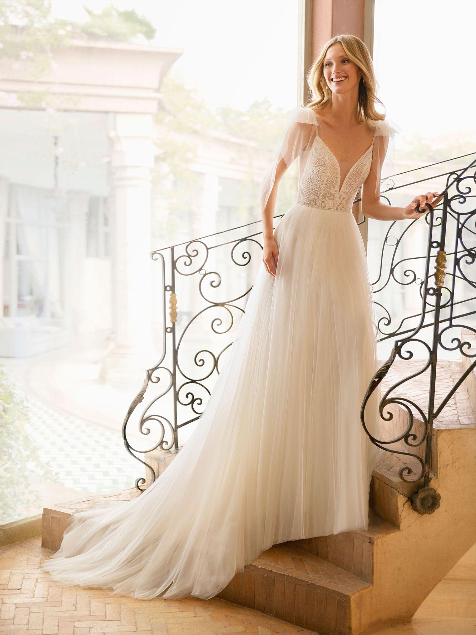 REBECA by Rosa Clará  Hochzeitskleid tüll, Hochzeitskleider