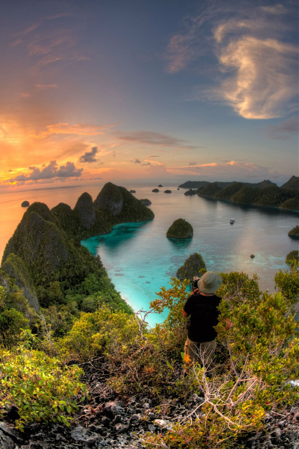 25 Dazzling Photos of the Most Beautiful Places in Indonesia