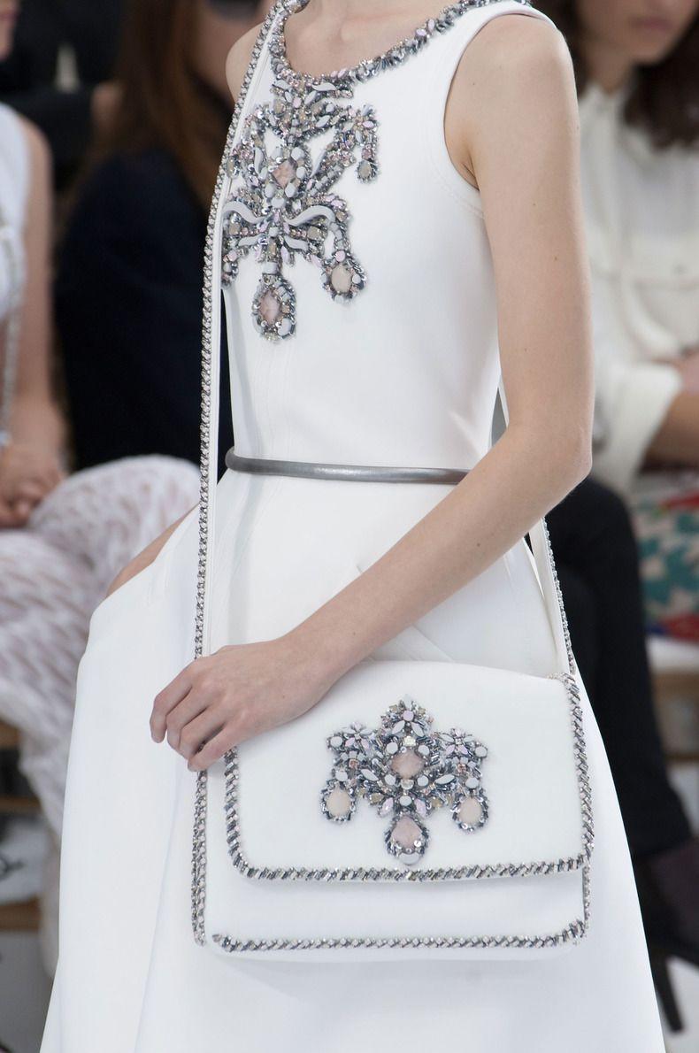 900bf1211ec1 Close-up Chanel haute couture, automne-hiver 2014-2015 #PFW  #parisfashionweek #FW1415