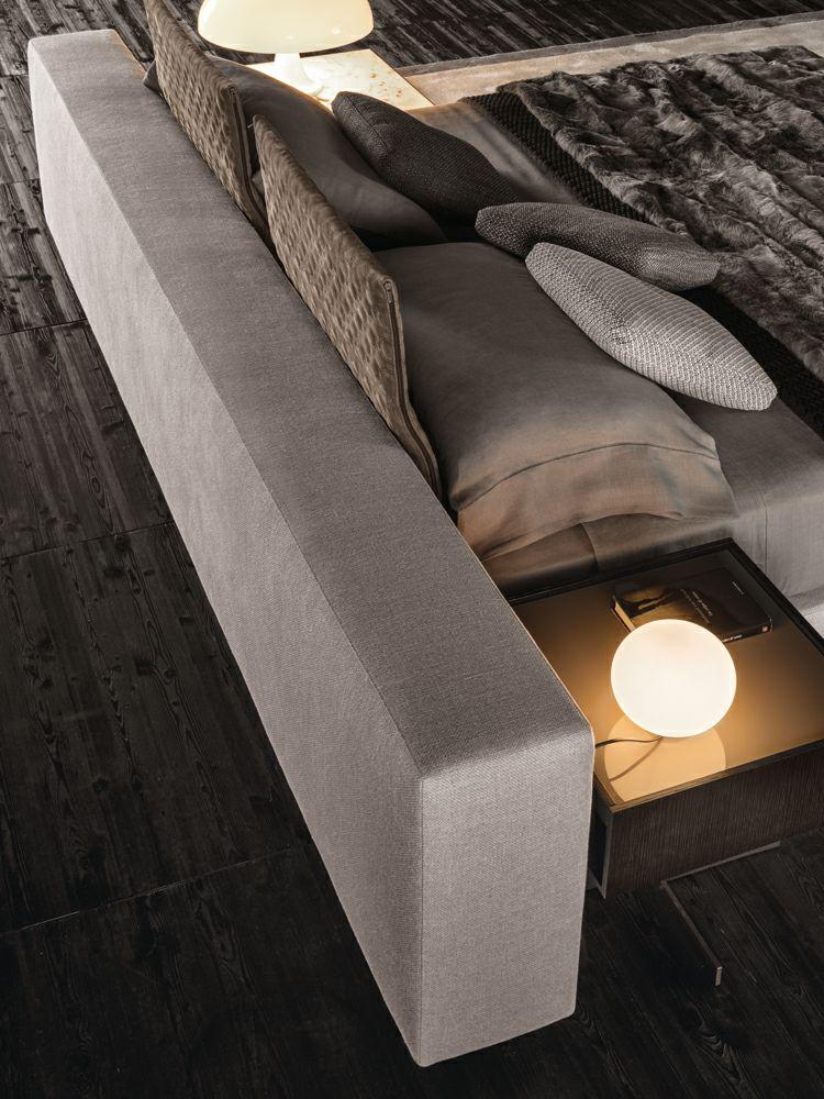 """Bett mit minimalistisch grauem Design – """"Yang"""" von Minotti"""