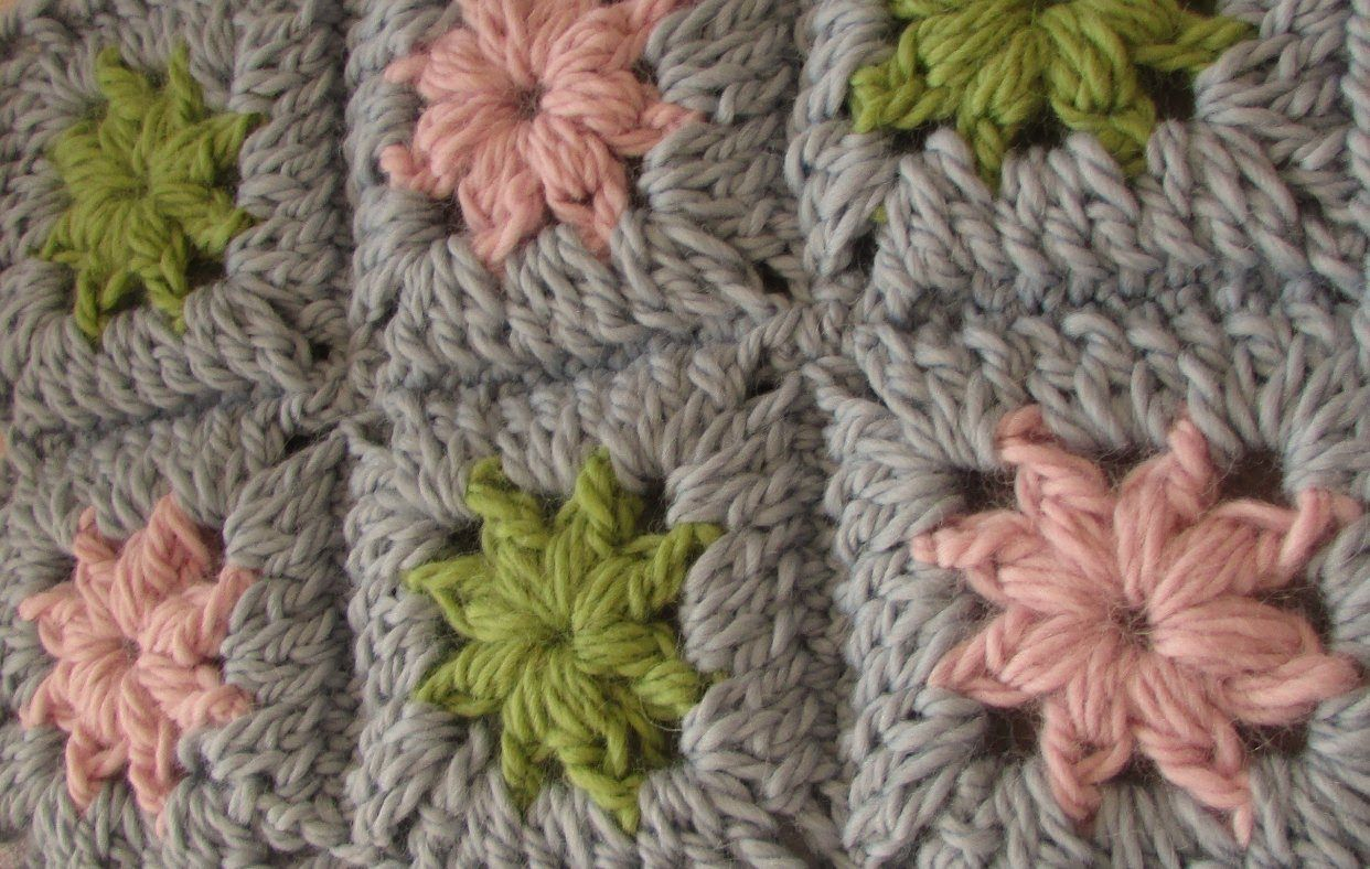 VERY EASY crochet chunky granny square - chunky baby blanket ...