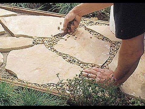 Gartenweg selbst gebaut: Natursteinweg aus Feldsteinen - YouTube #vorgartenanlegen
