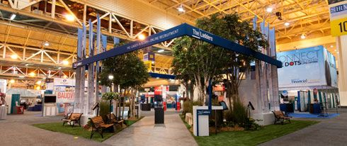 artificial plants in tradeshow booth designs look like a