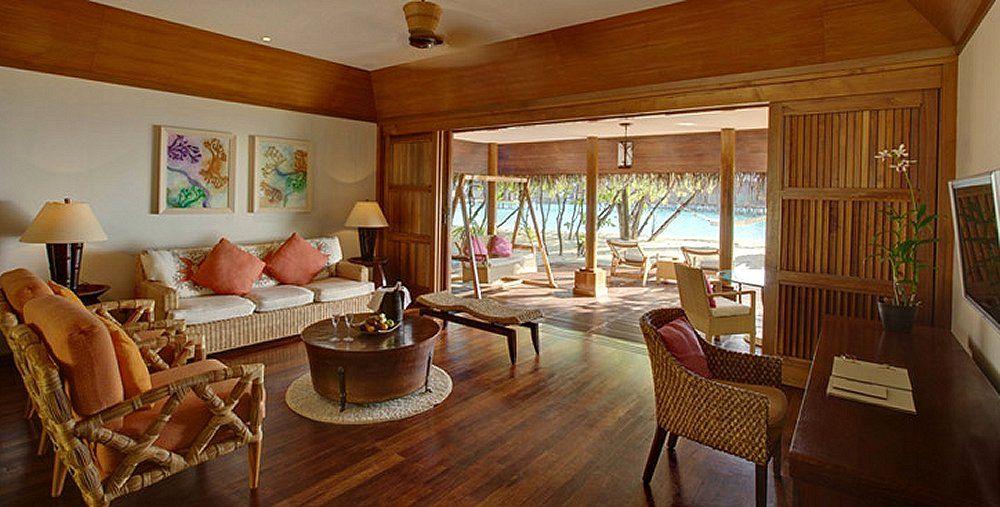Kanuhura inside beach duplex villa