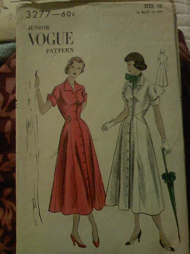 Vintage - Vogue 3277  Size 15 - Bust 33  All pieces included