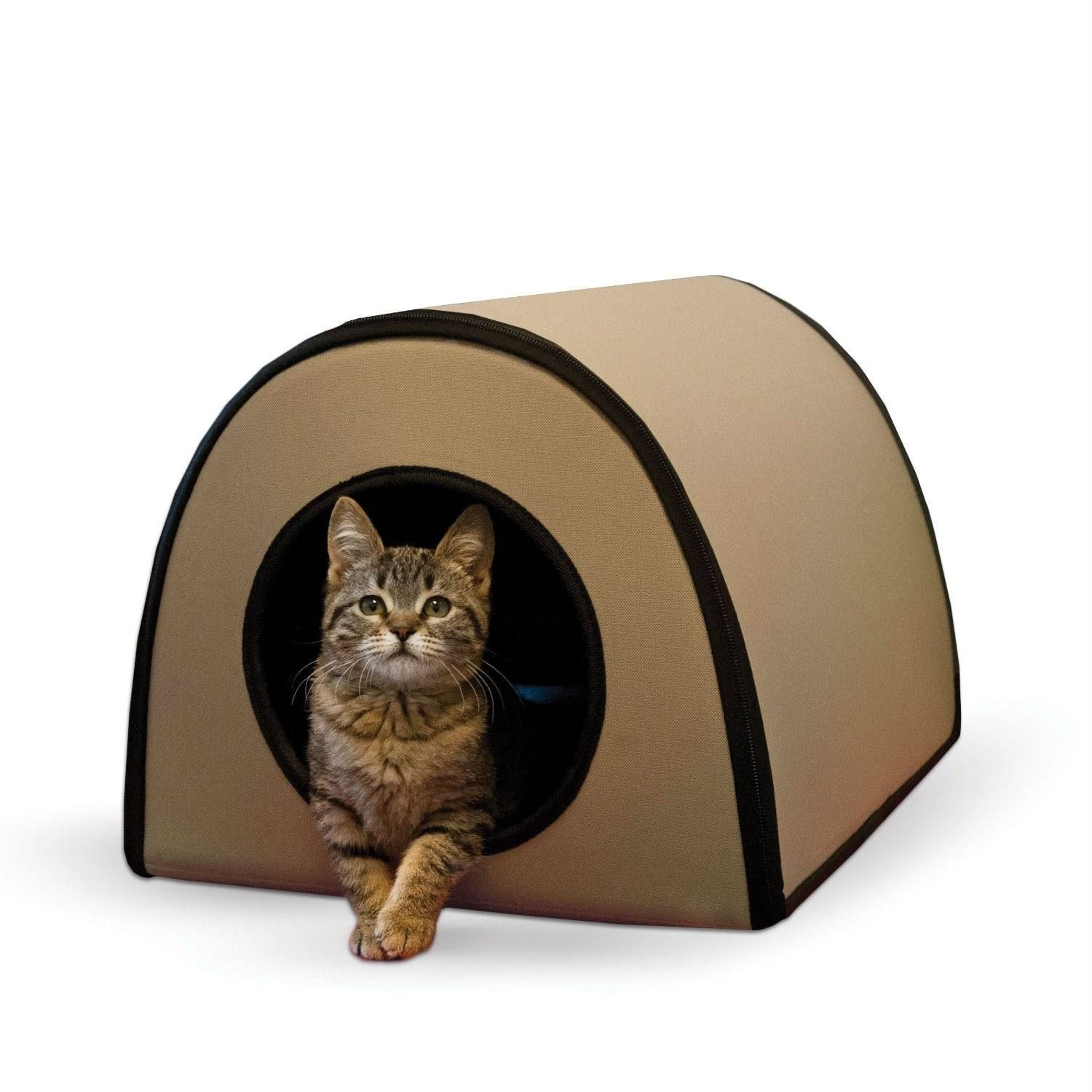 Simple Heated Safe Energy Efficient This Modern Heated Outdoor Cat House Shelter In Tan Is A Si Heated Cat House Heated Outdoor Cat House Outdoor Cat House