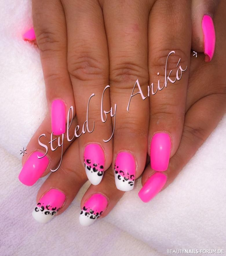 neon baby pink white leo nails neon pinterest fingern gel nagelschere und neon n gel. Black Bedroom Furniture Sets. Home Design Ideas