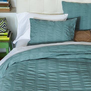 modern master bedroom with threshold seersucker duvet cover set | I love the Organic Seersucker Duvet Cover + Shams ...