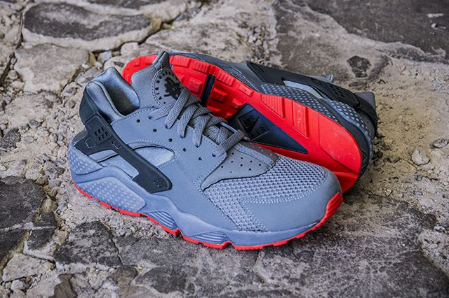new arrival f9a3a 5b149 Nike Air Huarache Run FB - Graphite Bright Crimson
