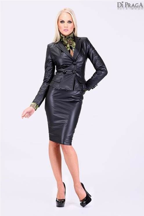 dc2a84c65a2e24 Black leather pencil skirt and jacket ensemble | Tailleur sexy ...