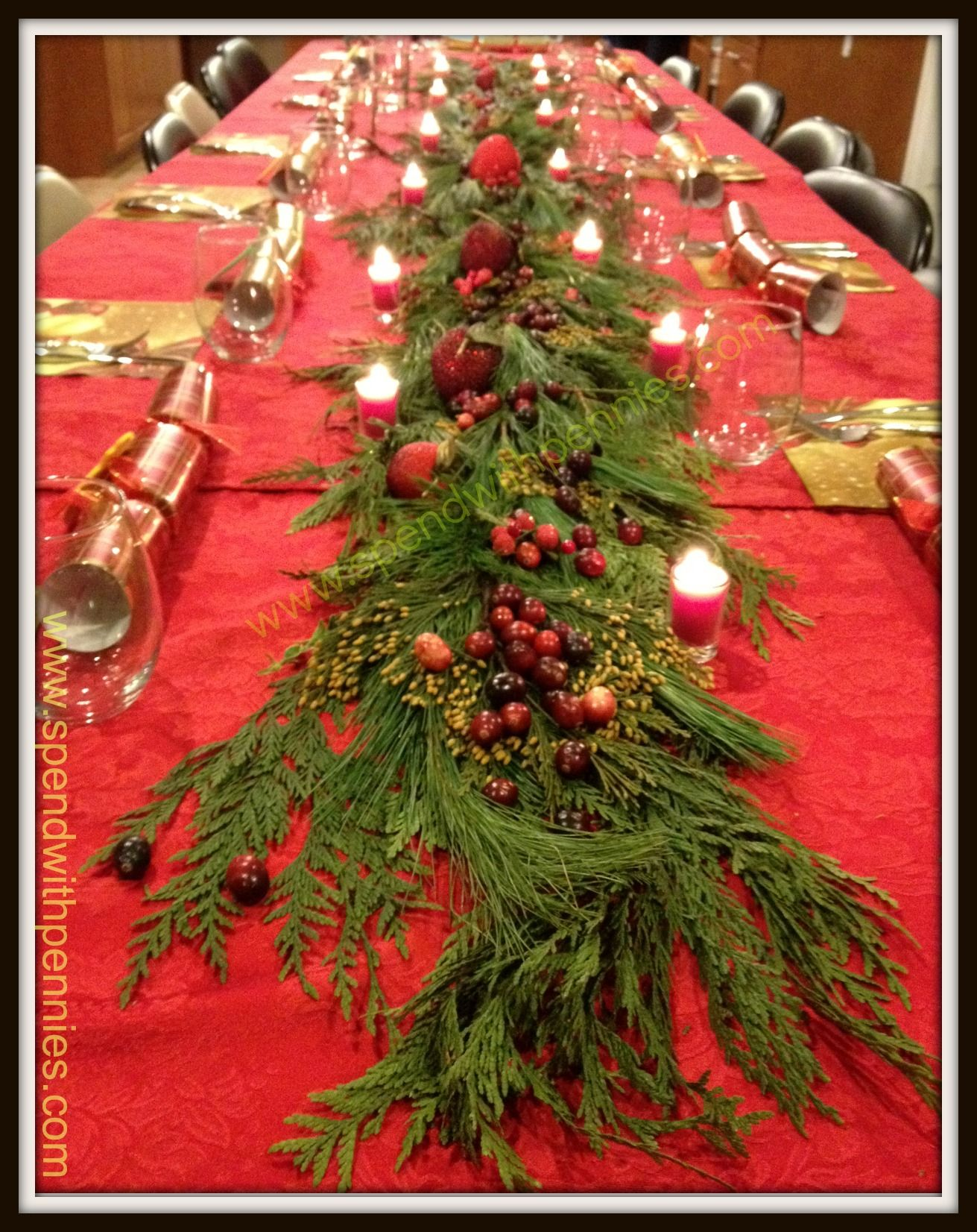 Beautiful And Inexpensive Centrepiece Super Easy Love This 3 Christmas Table Centerpieces Christmas Table Decorations Christmas Centerpieces