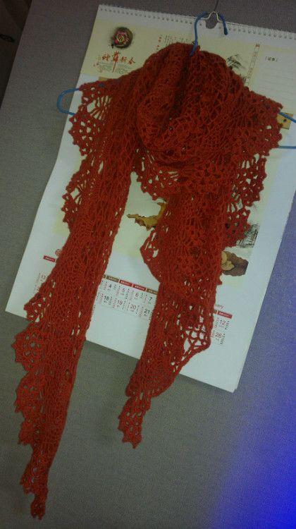 Crochet Knitting Handicraft: Red Scarf