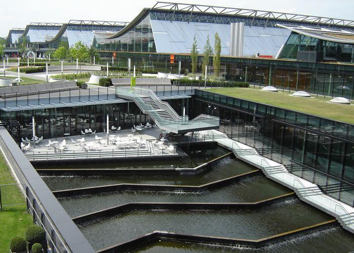 Stuttgart neue messe by wulf partner architects water for Stuttgart architecture