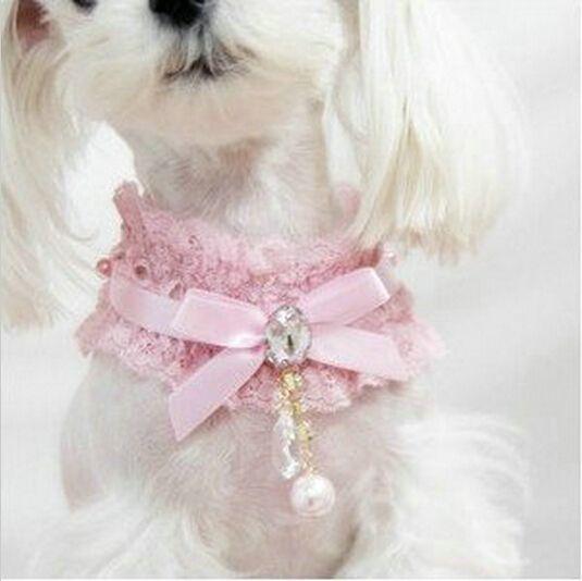 00ad8fd04 Encaje pajarita colgante de perro de mascota cachorro Collar flor de la  cinta perlas Collar de la boda(China (Mainland))