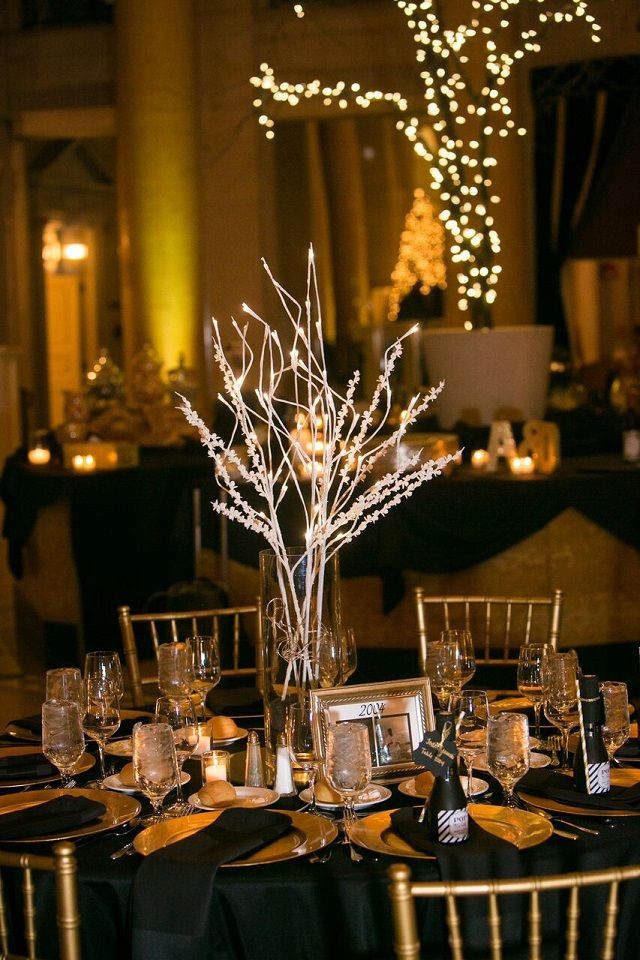 A Golden New Years Eve Wedding | New years eve weddings ...