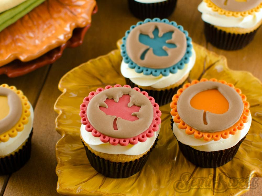 Marvelous Fall Cupcake Decorations Part - 12: Easy Fall Leaf Cupcake Toppers