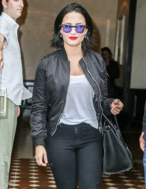 Demi leaving her hotel in NYC