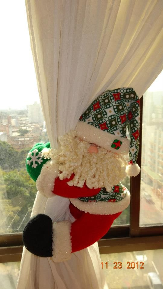 Santa Curtain Tie Back Looks Like He Is Sliding Down It Diy