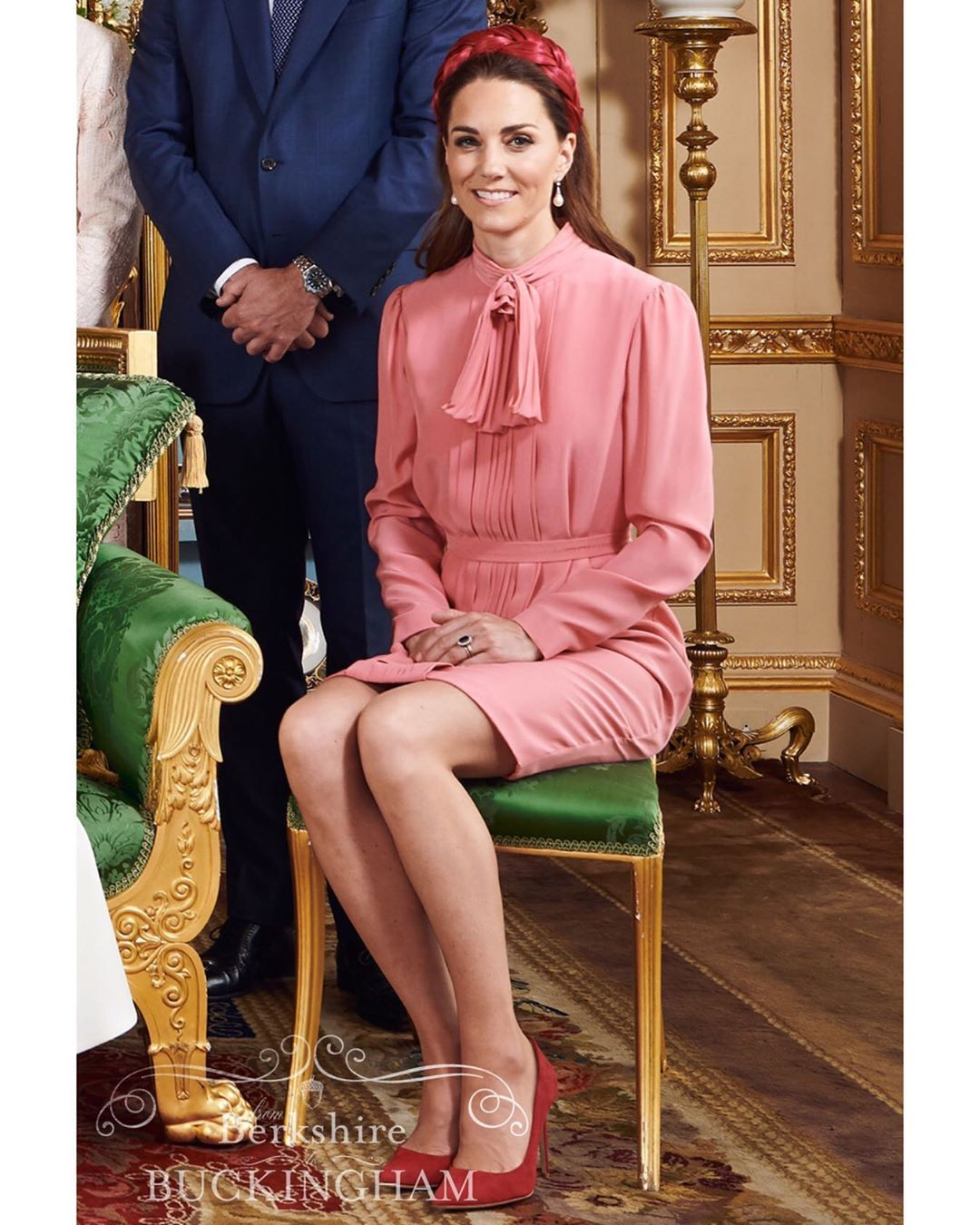 Kate Middleton Blog Sur Instagram The Duchess Of Cambridge Aka Aunt Kate At Her Nephew Archi Kate Middleton Outfits Princess Kate Middleton Middleton Style