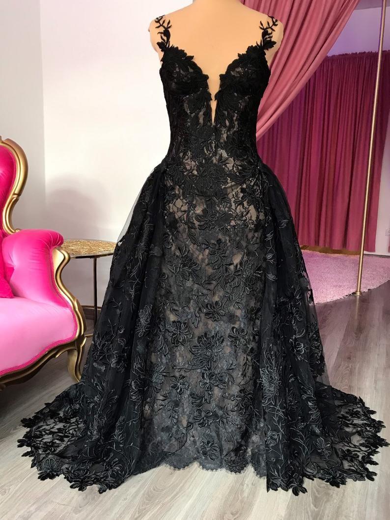 Gothic Black corset lace wedding dress with detachable
