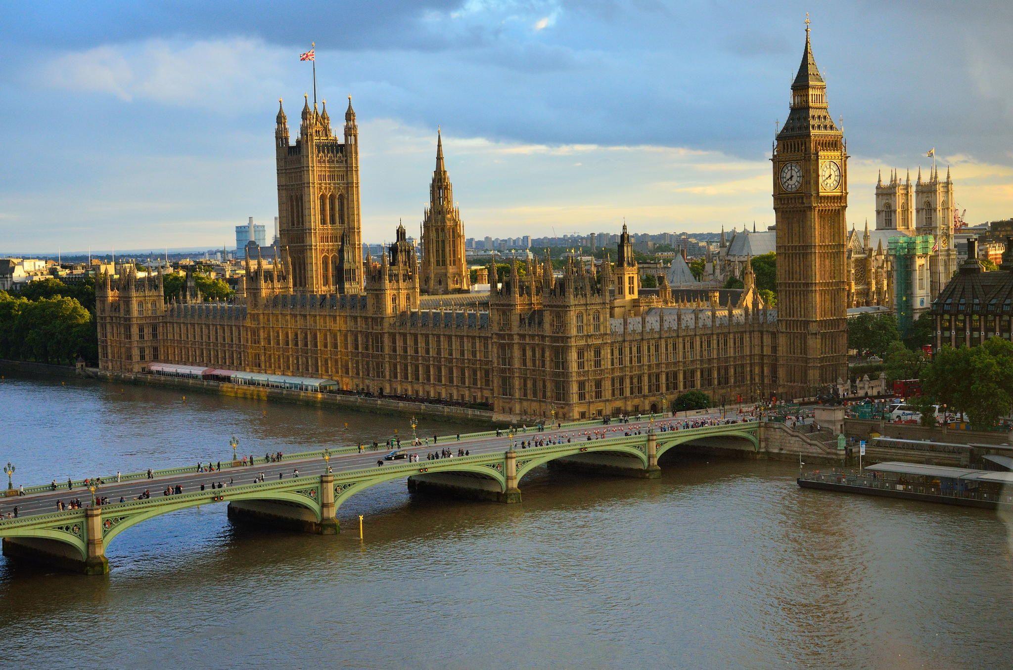 Fotografía An Eye on London por MeekSuperGeek en 500px Vista del Big Ben, el Parlamento Británico y la Abadía de Westiminster, Londres, (capital de Inglaterra y el Reino Unido).