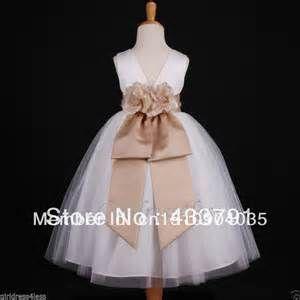Flower Girl and Junior Bridesmaid Dresses - Risultati Yahoo Italia della ricerca di immagini
