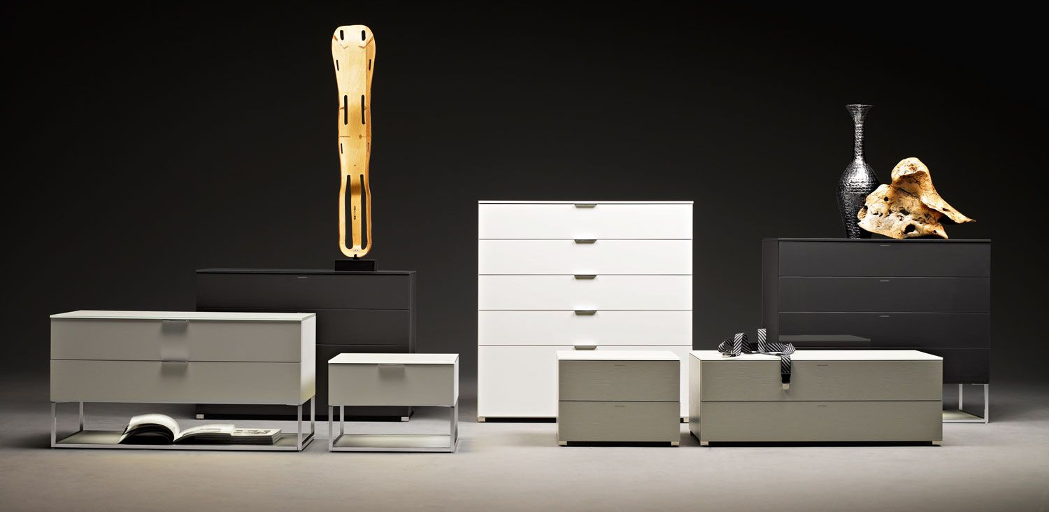 909 is a line of modular chests of drawers whose elements can be used individually or combined to form a large container unit. Finishes are available in matt lacquer, open grain lacquer and glossy lacquer....