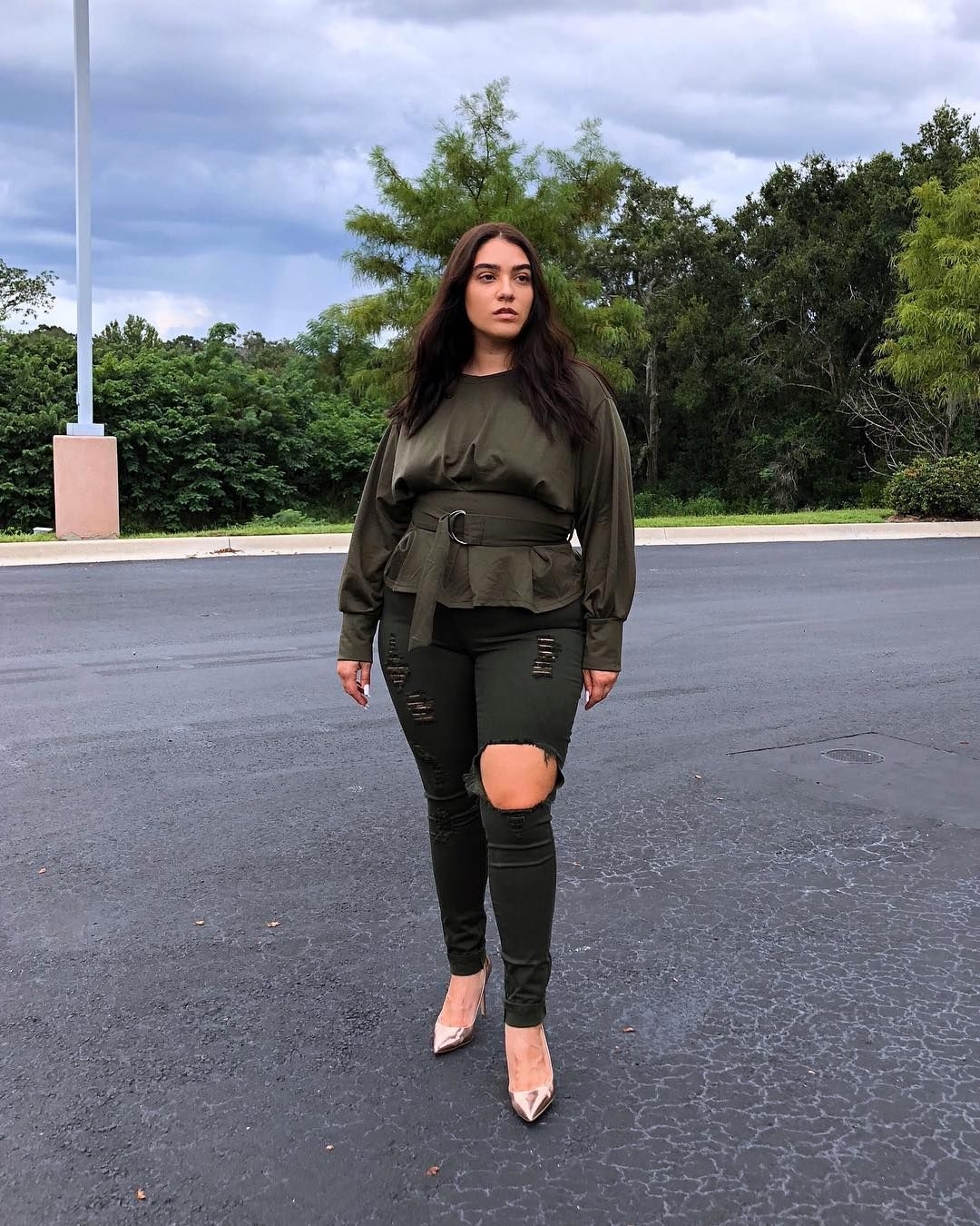 "7e45f71869b Nadia Aboulhosn on Instagram  "" fashionnovacurve fit ⛈ calm before the  storm  ootd"""
