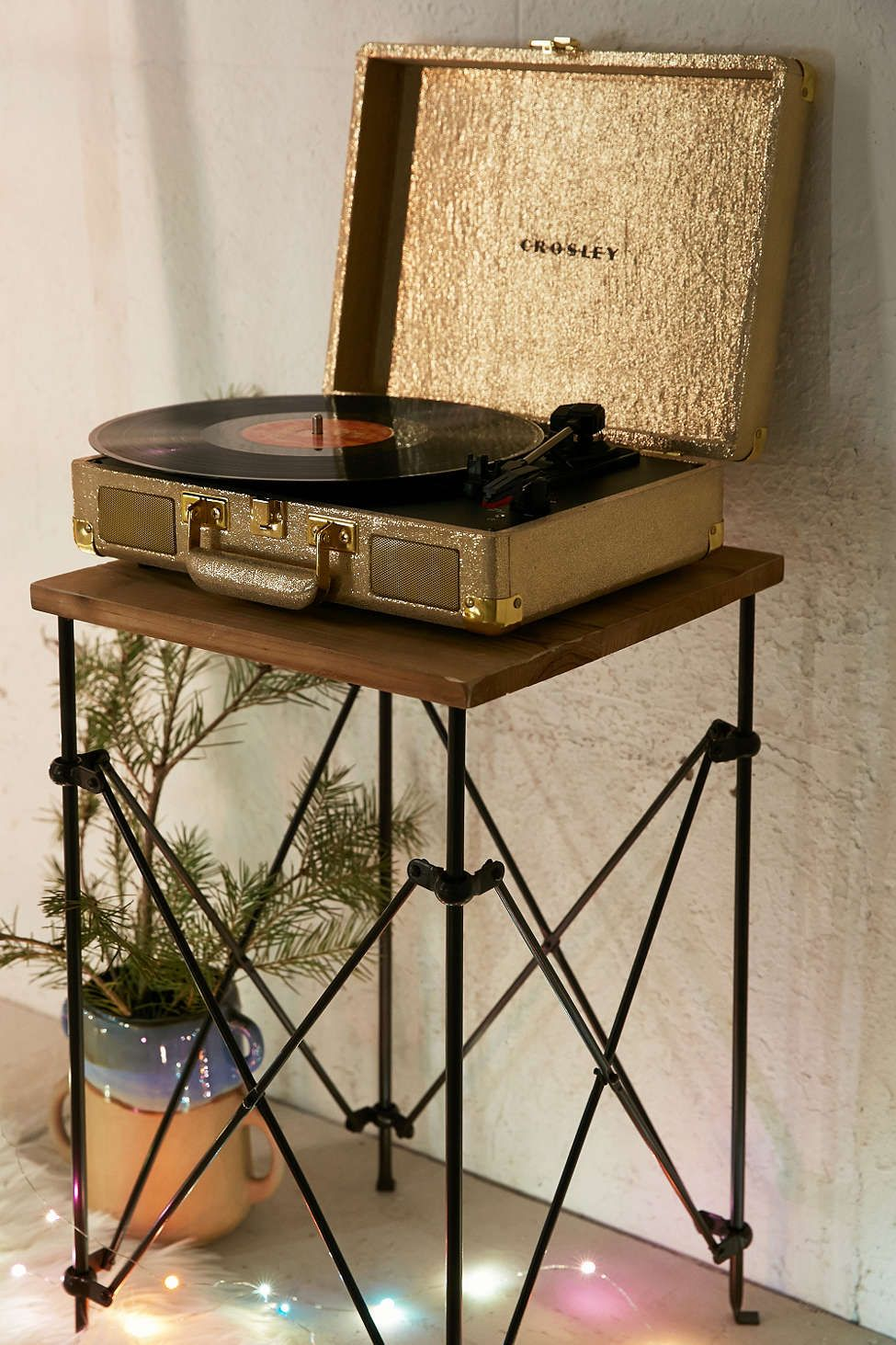 Crosley X Uo Cruiser Briefcase Portable Vinyl Record Player Vinyl Record Player Record Player Record Player Urban Outfitters