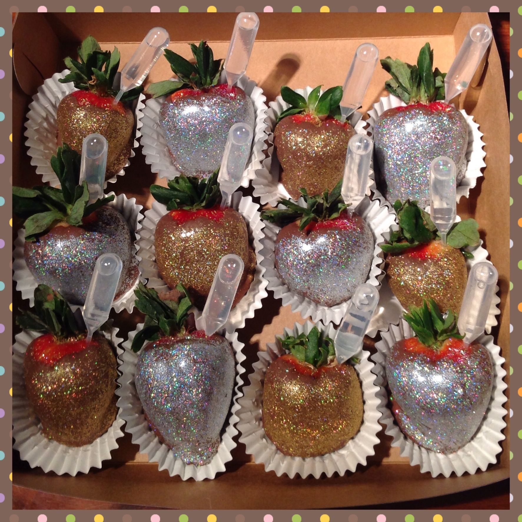 Halloween Chocolate Covered Strawberries | Sincerely Yours ...