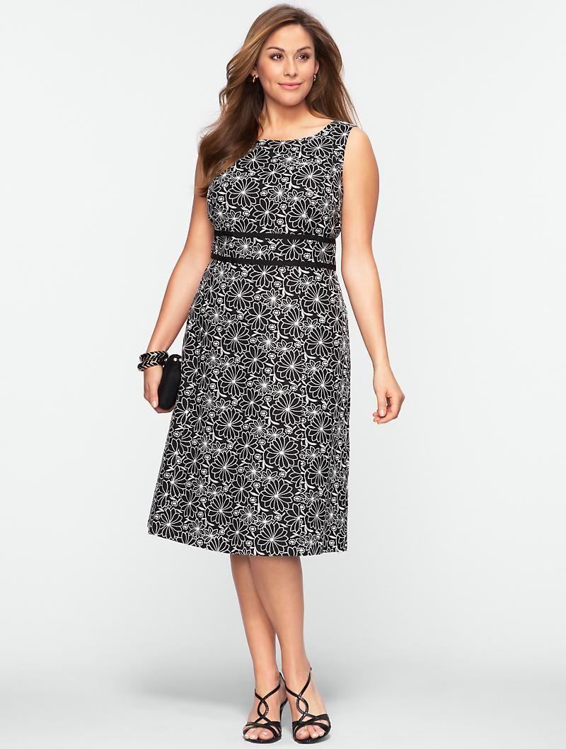 Talbots Embroidered Daisy Dress 30 Off Select Styles Woman Clothes For Women Talbots Dress Dresses [ 1057 x 800 Pixel ]