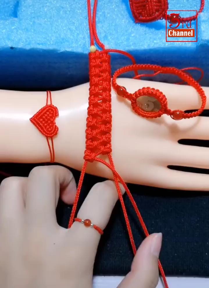 List of Latest DIY Bracelets from healthzonevital.blogspot.com