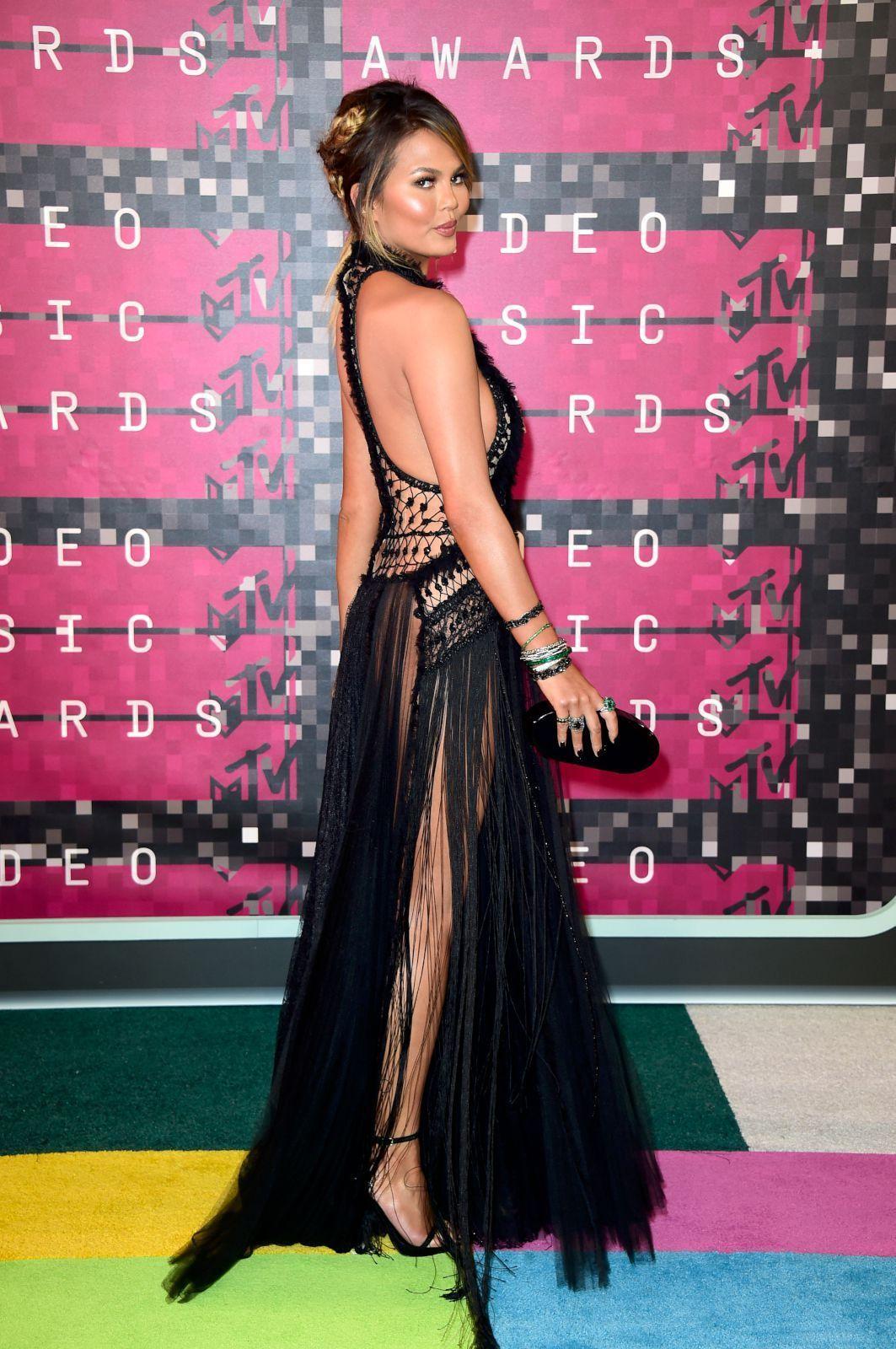 Hermosa Vestido De Novia Chrissy Teigen Inspiración - Colección de ...