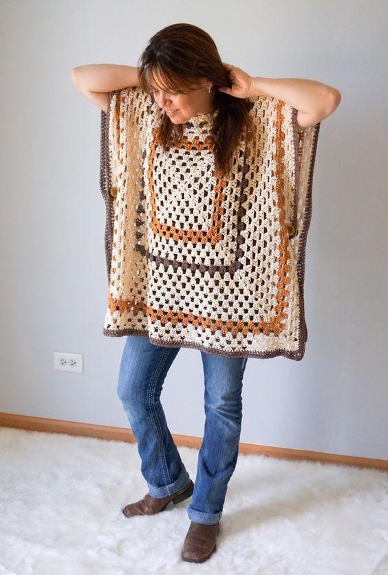 Sedona Granny Stitch Poncho Free Crochet Pattern #grannysquareponcho
