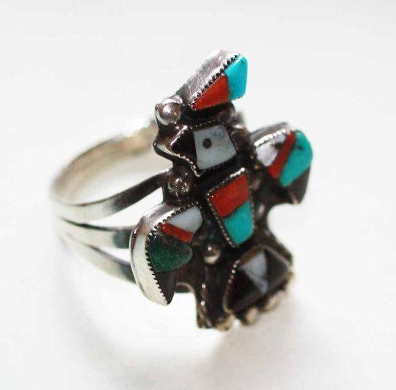 Zuni Stil eingelegtes Thunderbird Korallen Onyx von PastSplendors