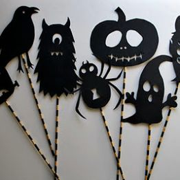 DIY black and white Halloween party                                                                                                                                                                                 Plus