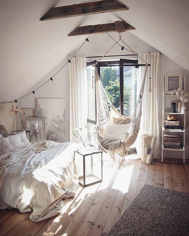 Schlafzimmer Mit Dachschräge Und Balken