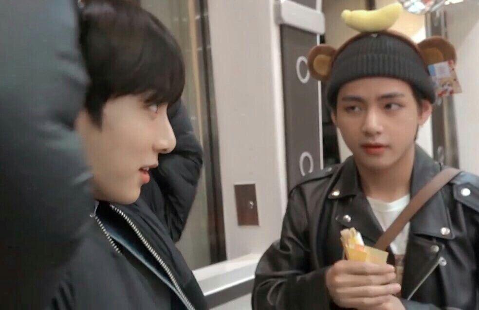 Tae : Babe, wanna get ma room? Jk : ... #taekook # ...
