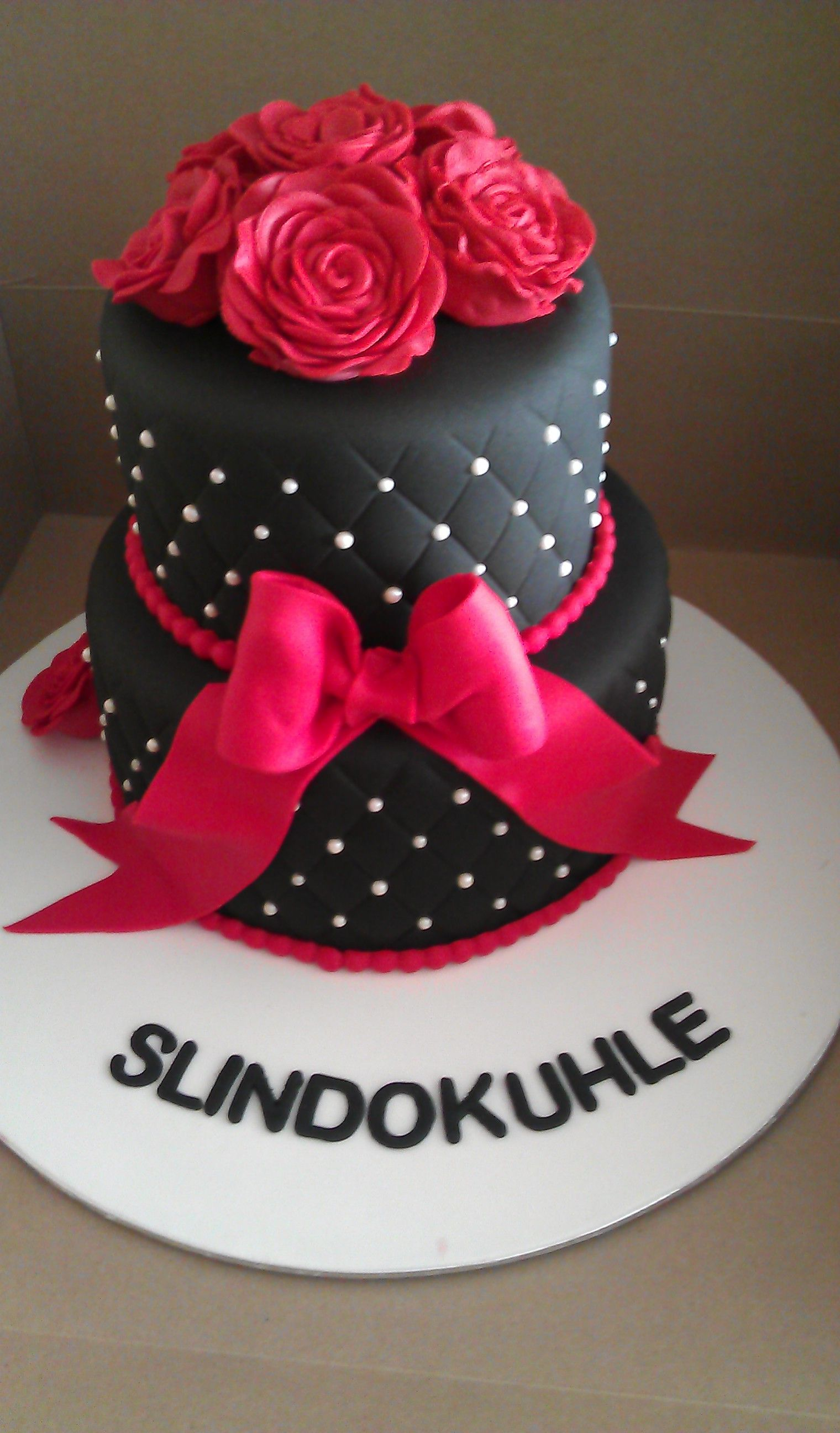 Black And Red Roses Birthday Cake